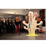 Photo : Performance association Loisirs Jeunesse lors du vernissage de Micha Deridder Site Saint-Sauveur Terres de Montaigu