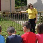 Photo : visite exposition scolaire Carl Hurtin Site Saint-Sauveur Terres de Montaigu