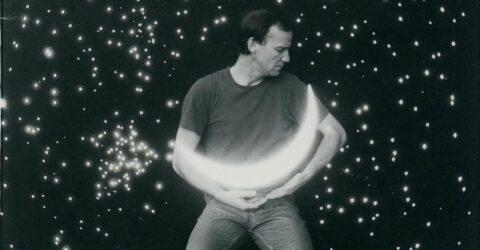 Photo : lune bercée Tom Huijbers au Site Saint-Sauveur Terres de Montaigu