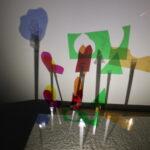 Image : ombres chinoises colorées - activité en lien avec la résidence de Marion Flament - Site-Saint-Sauveur - Terres de Montaigu